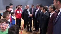 HÜSEYİN ÖZBAKIR - Gençlik Ve Spor Bakanı Bak Nikah Şahidi Oldu