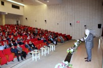İLAHİYAT FAKÜLTESİ - Üniversite De İlahiyat Vizyon Programı Düzenlendi