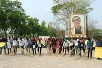 YAŞ SINIRI - Bangladeşli Öğrencilerden Özel Şart Kontenjanına Protesto