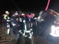 MEHMET BAYRAKTAR - Denizli'de Trafik Kazası Açıklaması 5 Ölü, 1 Yaralı