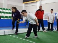KAPALI ALAN - Engelli Bireyler 'Bocce Turnuvası'nda Yarıştı