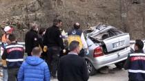 Gümüşhane'de Tır İle Otomobil Çarpıştı Açıklaması 3 Ölü, 1 Yaralı