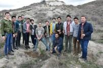 Isparta'daki KYK'lılar 500 Fidanı Toprakla Buluşturdu