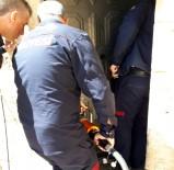 Eli Kapıya Sıkışan Çocuk Kurtarıldı