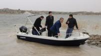 ALPER TAŞ - 'Frig Vadisi Turizmini Geliştirme Projesi' Kapsamında Emre Gölü'ne Tekne Bırakıldı