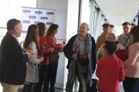 EREN ARSLAN - Havalimanına İlk Turist Kafilesi Geldi