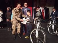 GEZİCİ KÜTÜPHANE - Kahta İlçesinde Kütüphane Haftası Kutlandı