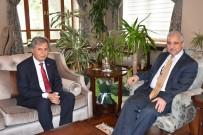 İSMAIL ÇETIN - Manisa'nın Yeni İl Milli Eğitim Müdürü Çetin Göreve Başladı