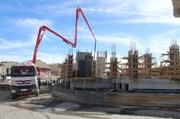 KIŞ MEVSİMİ - Merkez Camii İnşaatına Yeniden Başlandı