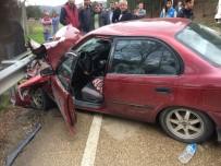 Tırla Otomobil Çarpıştı Açıklaması 3 Yaralı