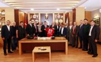 AHMET ÖZTÜRK - Antalyaspor Başkanı Bulut, Esnaf Odası'nda
