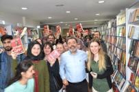 AHMET ÜMIT - Balıkesir'de Ahmet Ümit İzdihamı