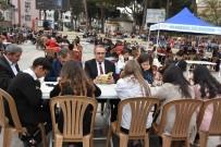 ABDULLAH UÇGUN - Başkan Karaçoban, Öğrencilerle Beraber Kitap Okudu