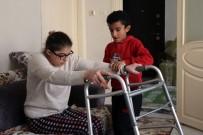 YÜZ FELCİ - Engelli Annenin Tek İsteği Oğlunun 23 Nisan'daki Gösterisini İzlemek