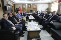 BAYBURT MERKEZ - Milletvekili Şeker, Başkanı Mete Memiş'i Ziyaret Etti