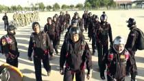 PARAŞÜTÇÜ KOMANDO - Paraşütçü Komandolar Hünerlerini Sergiledi