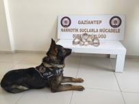 GAZIANTEP EMNIYET MÜDÜRLÜĞÜ - Gaziantep'te Uyuşturucu Operasyonu Açıklaması 4 Gözaltı