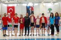 TÜRKİYE YÜZME FEDERASYONU - Görme Engelli Yüzücüler Alleben'de Kulaç Attı