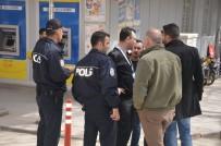 TELEKONFERANS - Köy İmamı 16 Bin Lirasını Telefon Dolandırıcılarına Kaptırdı