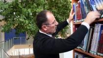 'Limon Ağaçlı Kütüphane'