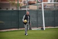 MESUT BAKKAL - Mesut Bakkal Açıklaması 'Ben Oyuncularıma Güveniyorum'