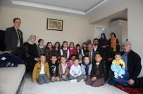AHMET EREN - Miniklerden Afrin Şehidinin Ailesini Duygulandıran Ziyaret