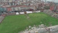 OLCAN ADIN - (Özel) Yıkımı Bilmeceye Dönen Kartal Stadyumu'nda Moloz Yığınları Arasında  Tehlikeli Antrenman Havadan Görüntülendi