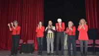 TİYATRO OYUNCUSU - Torbalı'da Tiyatro Gecesi