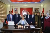 NECATI ŞENTÜRK - Vali Necati Şentürk, Şehit Ve Gazi Derneklerine Veda Ziyaretleri Yaptı