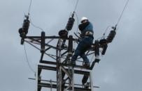 SOMA - 14 Mahallenin Orta Gerilim Enerji Nakil Hatları Yenilendi