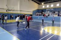 SİNAN ŞEN - Badminton Turnuvasında Kupalar Sahiplerini Buldu