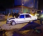 ESKİBAĞLAR MAHALLESİ - Eskişehir'de Trafik Kazası Açıklaması 9 Yaralı