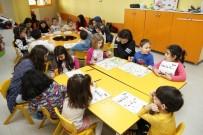 ÇOCUK BAKIMI - Gazi Yakup Satar Meslek Lisesi Öğrencileri Oyunpazarı'nı Ziyaret Etti