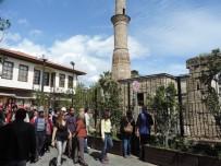 KONYAALTI BELEDİYESİ - Konyaaltı'ndan Kaleiçi Gezisi