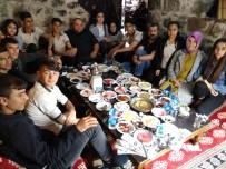 İNFAZ KORUMA - Öğretmen Ve Öğrenciler Kahvaltıda Bir Araya Geldi