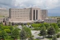 SDÜ Tıp Fakültesi Öğrencilerinden Tekerlekli Sandalye Kampanyası