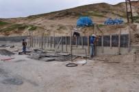 Siirt Belediyesi Heyelana Karşı İstinat Duvarı Örüyor