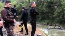 Trabzon'da Polis Aracının Dereye Devrilmesi
