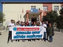 OKUL BİNASI - Üniversite Öğrencilerinden 'Okulumuzu Güzelleştirelim Etkinliği'
