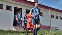 KARAÇAY - 69 Yaşındaki Futbolcu Yeni Takımıyla İlk Maçına Çıktı