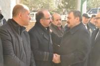 HAŞIM KıLıÇ - Eski Anayasa Mahkemesi Üyesi Ahmet Akyalçın Toprağa Verildi