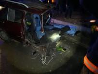 MAHMUR - Malatya'da İki Araç Çarpıştı Açıklaması 2 Ölü 4 Yaralı
