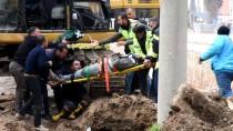 CELAL BAYAR ÜNIVERSITESI - Manisa'da Yol Şantiyesinde Göçük Açıklaması 1 Yaralı