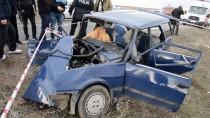 MEHMET POLAT - Muş'ta Trafik Kazası Açıklaması 2 Ölü, 6 Yaralı