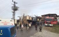 SABAH NAMAZı - Sındırgı'da Yangında 1 Kişi Hayatını Kaybetti