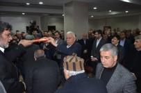 BITLIS EREN ÜNIVERSITESI - Tatvan'da Husumetli İki Aile Barıştırıldı