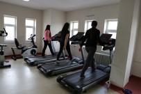 EĞLENCE MERKEZİ - Varto'da Açılan Spor Merkezine Kadınlardan Yoğun İlgi