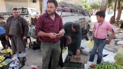 Afrin'de Çarşı Pazar Canlandı