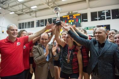 Aydın'da Genç Kızlar Voleybol Müsabakaları Tamamlandı