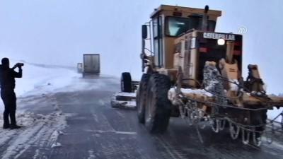 Baharda Kar Ve Tipi Ulaşımı Aksattı